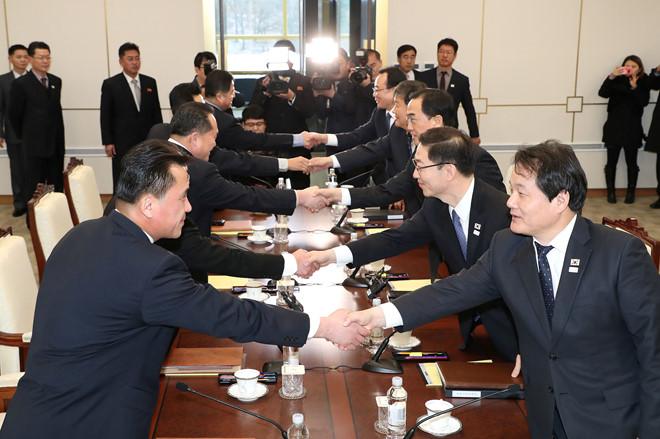 Đối thoại Hàn-Triều: Bất ngờ với lời đầu tiên 2 bên nói khi đối mặt sau 2 năm  1