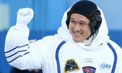 Phi hành gia cao lên 9cm sau ba tuần ngoài vũ trụ 1