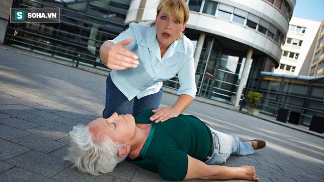Có thể bị đột quỵ do trời rét đậm: Đây là cách phòng ngừa ai cũng nên làm ngay - Ảnh 1.