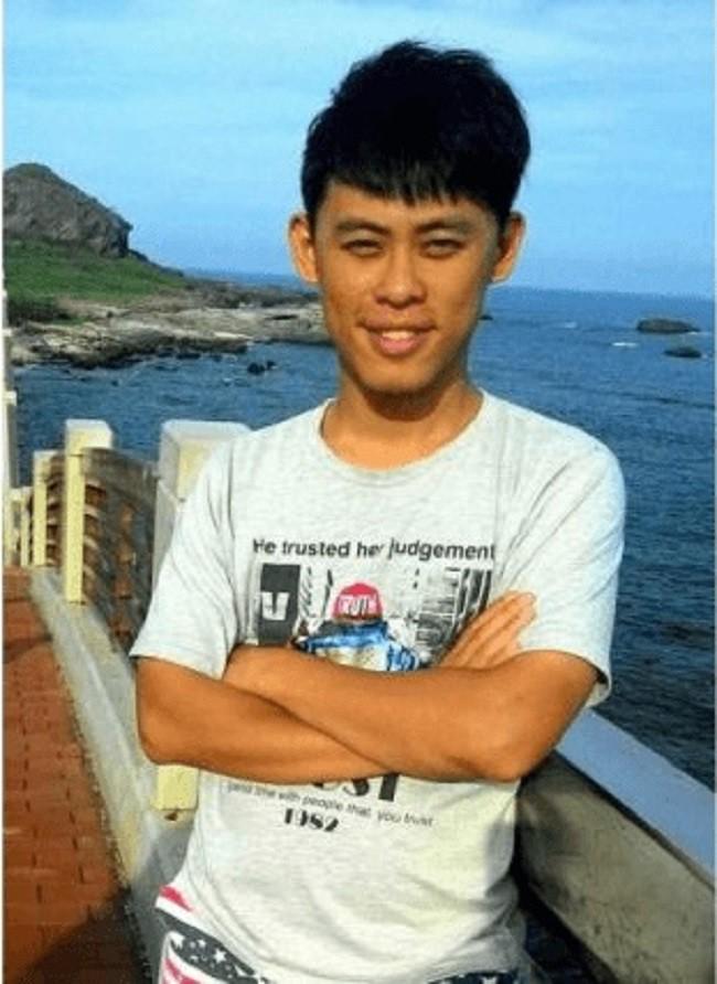 Nam thanh niên tử vong khi chụp ảnh tự sướng từ ban công tầng 5 1