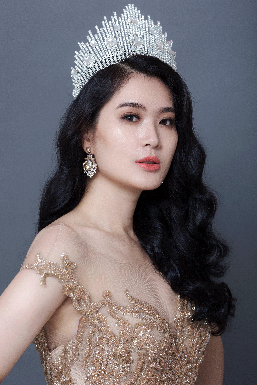 Hình ảnh Hoa hậu Vũ Bình Minh khoe sắc vóc vạn người mê trong bộ ảnh mới số 3