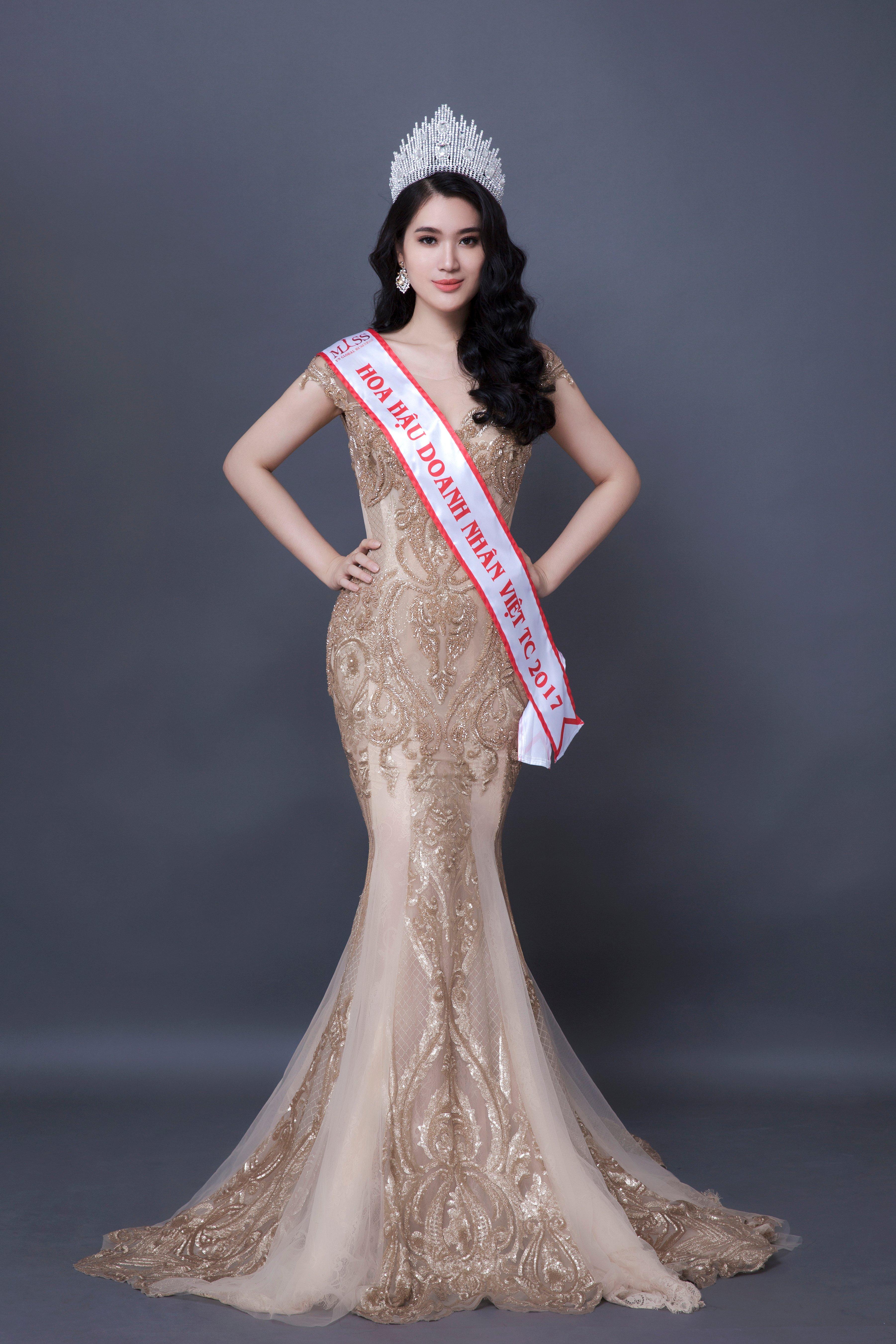 Hình ảnh Hoa hậu Vũ Bình Minh khoe sắc vóc vạn người mê trong bộ ảnh mới số 2