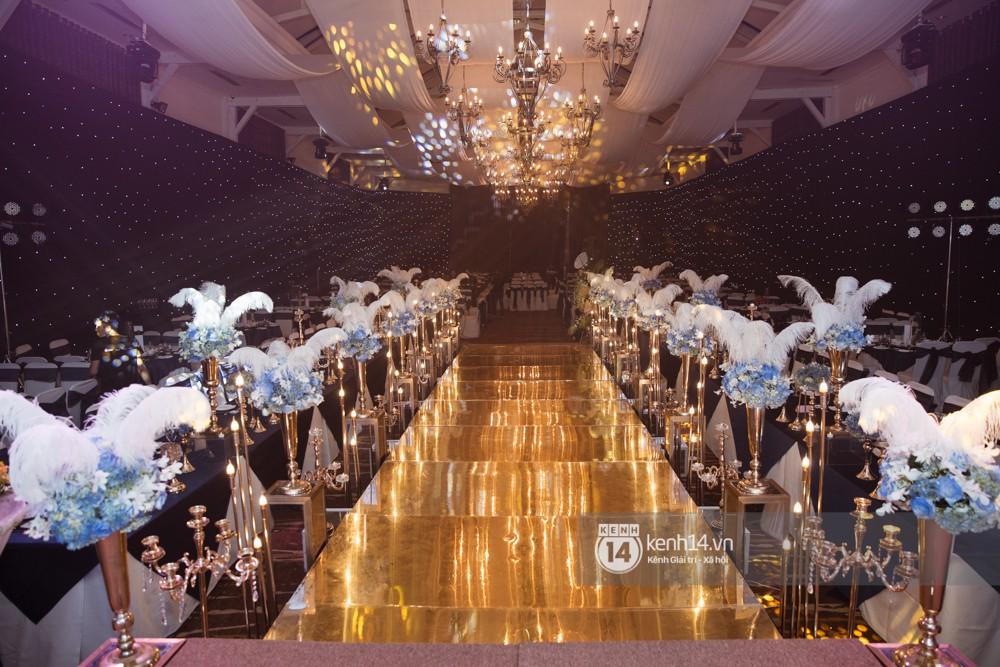 Sau đám cưới tại Vũng Tàu, Lâm Khánh Chi và ông xã tiếp tục tổ chức hôn lễ trong không gian cực sang trọng ở TP.HCM! 9