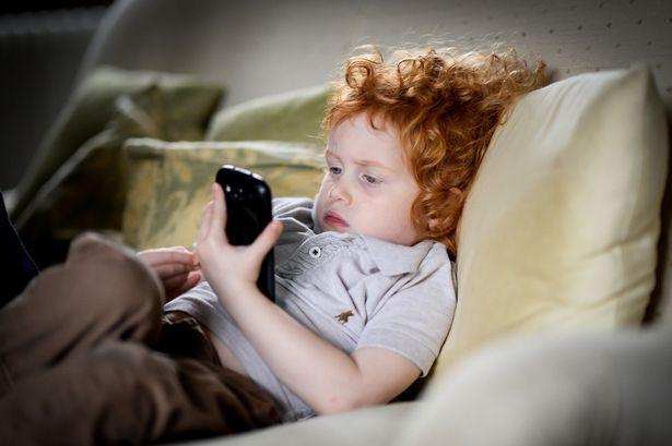Tại sao cả Bill Gates và Steve Jobs đều cấm con cái dùng đồ công nghệ do chính mình làm ra? 1
