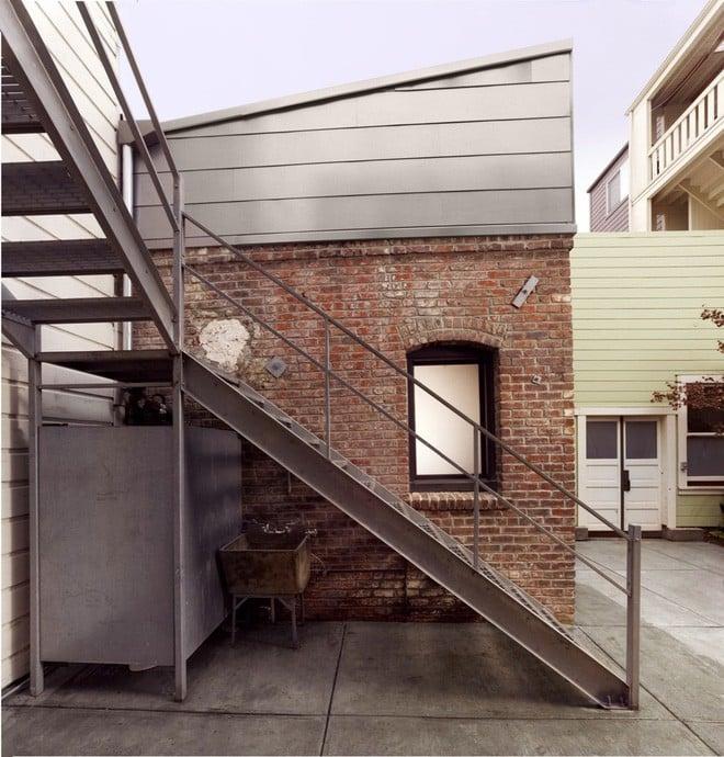 Căn phòng 8m² 'lột xác' hoàn hảo thành ngôi nhà tuyệt đẹp, ai cũng phải ước ao 2
