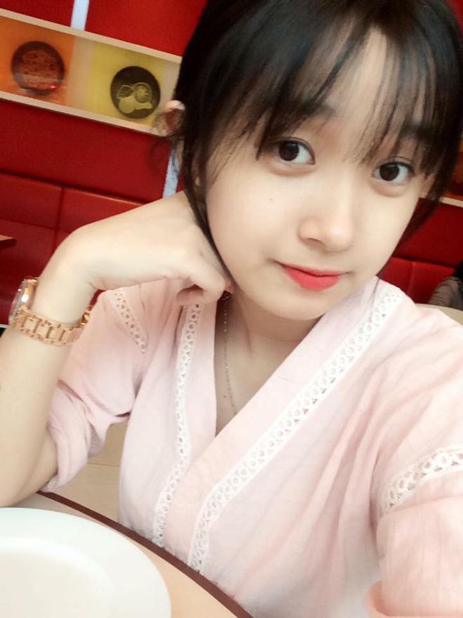 Hình ảnh Nữ công an viên Đà Nẵng bất ngờ nổi tiếng vì xinh như hot girl số 7