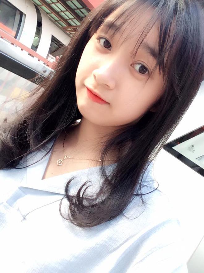 Hình ảnh Nữ công an viên Đà Nẵng bất ngờ nổi tiếng vì xinh như hot girl số 13