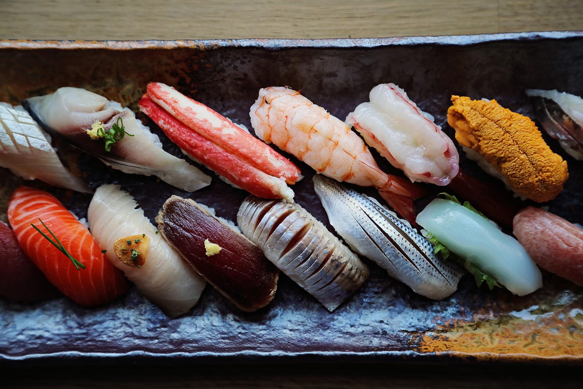 Từ thứ nguyên liệu để ướp cá rồi vứt đi, món ăn này đã trở nên nổi tiếng toàn cầu với giá cực chát - Ảnh 3.