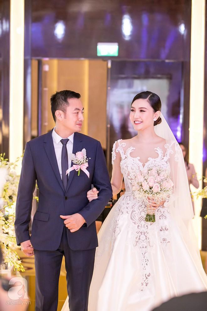 Hành trình hạnh phúc của mỹ nữ Vũng Tàu Ngọc Duyên: Từ con gái người bán vé số đến vợ đại gia Hà thành 24