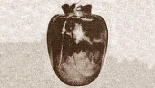 9 cổ vật mang lời nguyền đáng sợ: Cổ vật cuối cùng cướp đi cả vẻ ngoài lẫn sức khoẻ của chủ nhân 4