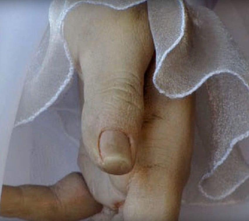 Kinh hoàng cửa hàng áo cưới dùng thi thể làm ma-nơ-canh suốt 80 năm? 2