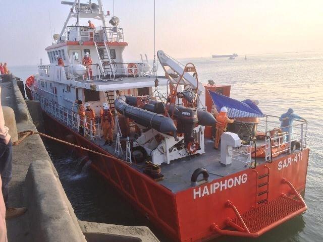 Tìm thấy thi thể của thuyền trưởng tại khu vực 13 ngư dân Thanh Hóa gặp nạn 2