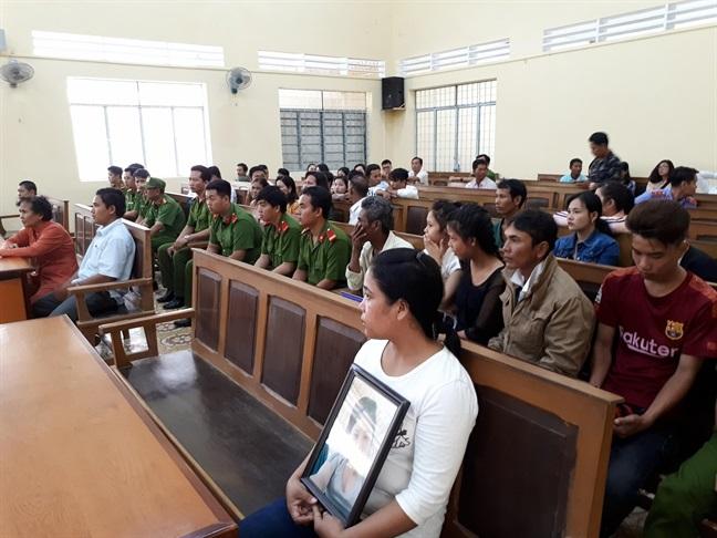 Vụ nữ sinh tự tử vì bị xâm hại ở Cà Mau: 'Bị cáo không hiểu vì sao lại bị tố cáo' 2