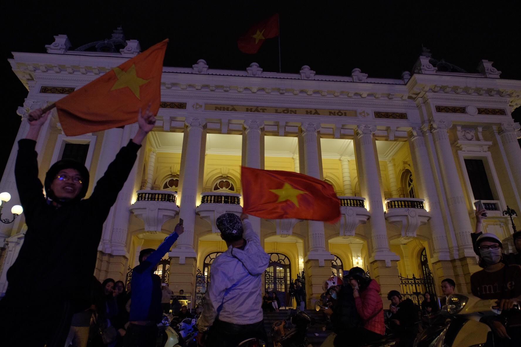 Cả nước vỡ òa với chiến tích lịch sử của U23 Việt Nam 2
