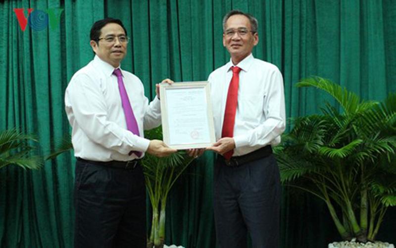 Ông Lữ Văn Hùng chính thức đảm nhiệm chức Bí thư Tỉnh ủy Hậu Giang 1