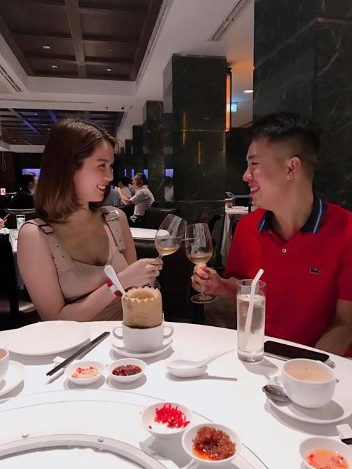 Ngọc Trinh gọi tên từng cầu thủ, hứa tặng món quà cực đặc biệt cho tuyển U23 Việt Nam 2