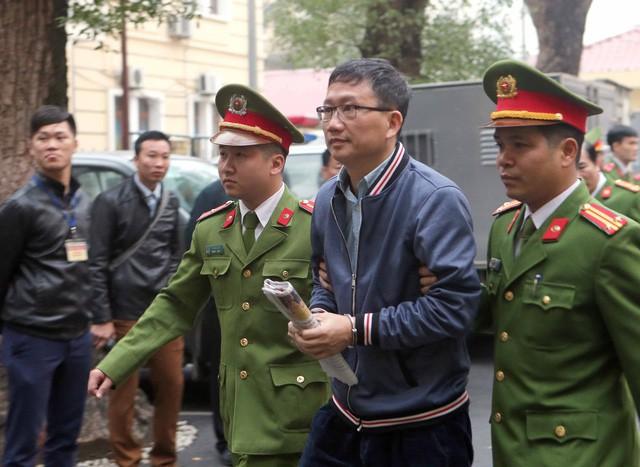 Hình ảnh Xét xử em trai ông Đinh La Thăng và Trịnh Xuân Thanh: Một bị cáo vắng mặt số 1