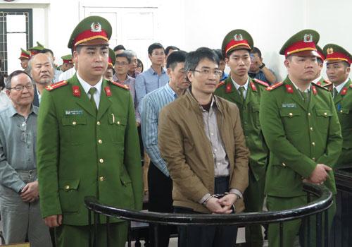 Ba bị can giúp Giang Kim Đạt trốn ra nước ngoài một cách tinh vi 1