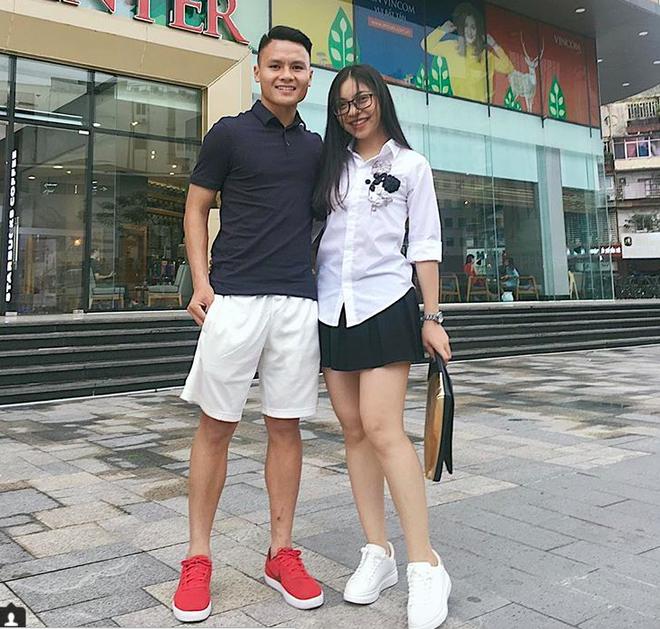 Không chỉ riêng áo nỉ, U23 Việt Nam mà đồng phục thứ gì, thứ đấy thể nào cũng là hot trend - Ảnh 7.