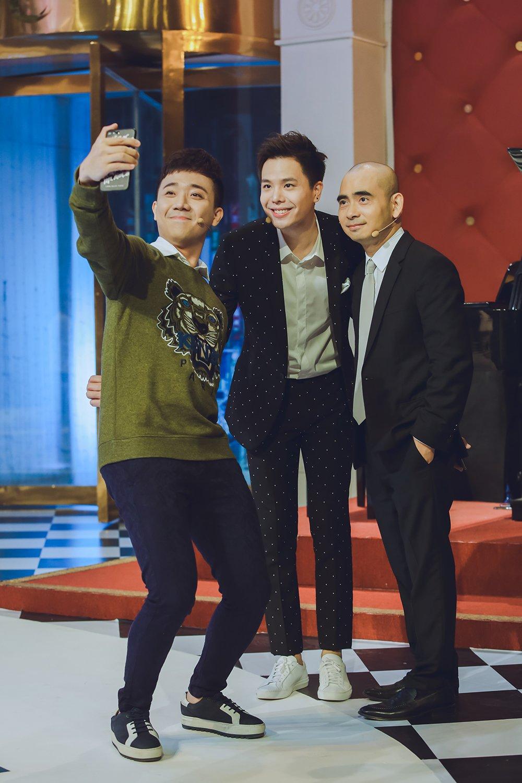 Trịnh Thăng Bình tiết lộ sốc: Từ nhỏ ước mơ làm cầu thủ bóng đá chứ không phải là ca sĩ 8