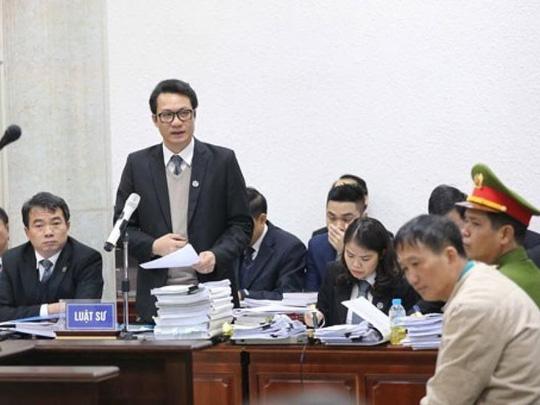 Hình ảnh Luật sư của Trịnh Xuân Thanh liên tục bật lại HĐXX số 1