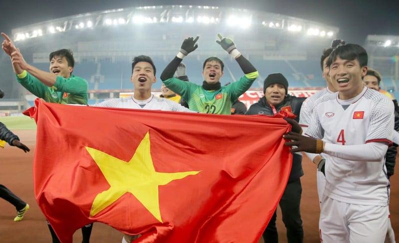 Clip: Trước thềm chung kết giữa U23 Việt Nam và U23 Uzbekistan, hãy xem dàn Táo Quân dự đoán tỉ số cực hài hước! 1