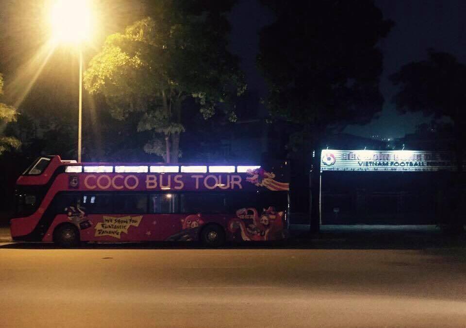 Vượt 800km từ Đà Nẵng ra Hà Nội, xe buýt 2 tầng sẵn sàng đón tuyển U23 Việt Nam sau trận chung kết 2
