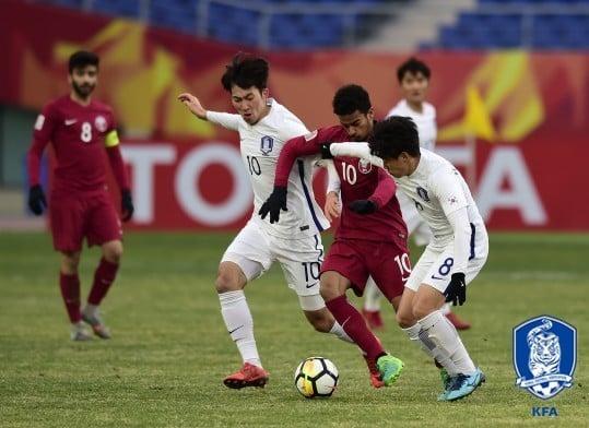 Người hâm mộ Hàn Quốc đòi thay tướng, mong U23 Việt Nam vô địch 2