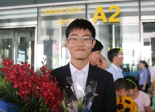 Viết luận về bóng đá, nam sinh Ninh Bình 19 tuổi nhận học bổng toàn phần 6,4 tỷ tại ĐH số 1 thế giới - Ảnh 3.