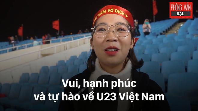 Hình ảnh Phỏng vấn dạo: Cảm xúc của người hâm mộ khi đón U23 Việt Nam trở về trong vòng tay số 3