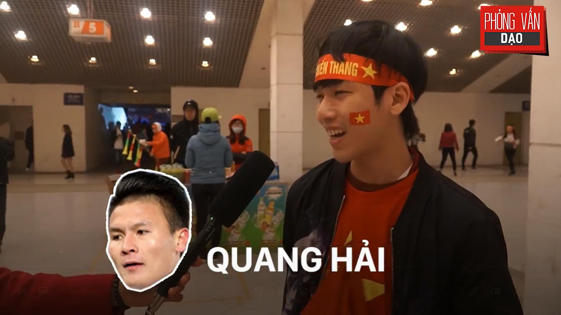 Phỏng vấn dạo: Cảm xúc của người hâm mộ khi đón U23 Việt Nam trở về trong vòng tay - Ảnh 8.