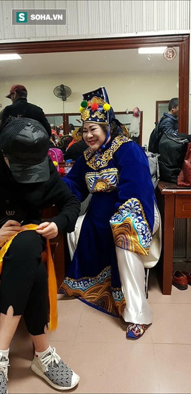 NÓNG đêm diễn đầu tiên của Táo Quân 2018: Xuất hiện đội U23 Thiên lôi! 7