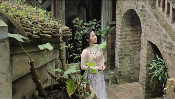Giải trí - Quán quân thần tượng bolero đẹp hút hồn trong MV đón Tết Nguyên đán