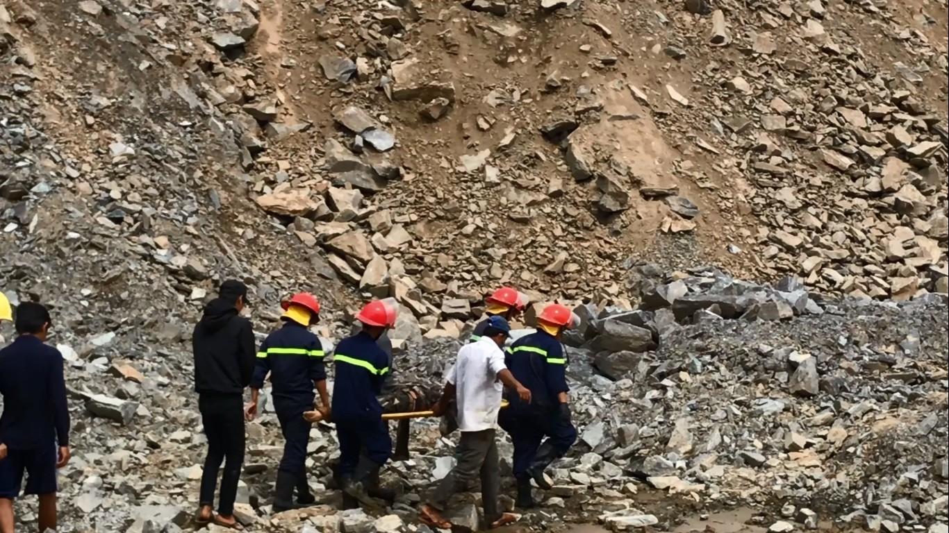 Đà Nẵng: Sạt lở tại mỏ đá, 1 nam thanh niên bị đè chết thương tâm 3