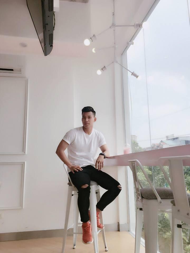 Duy Mạnh mê Gucci, Tiến Dụng - Văn Hậu cuồng Yeezy, U23 Việt Nam cũng chịu khó đầu tư giày ra phết 9