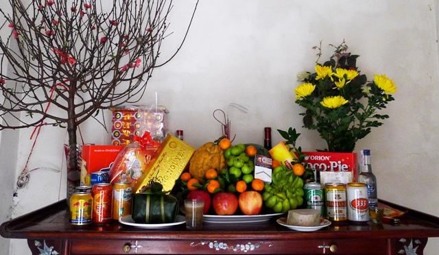 Cách cắm hoa bàn thờ ngày Tết rước tài lộc vào nhà 1