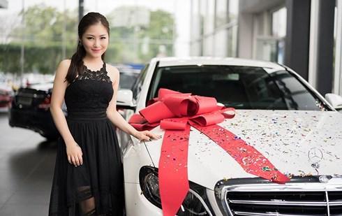 Hình ảnh Trước thềm năm mới, Hương Tràm tậu nhà tiền tỷ sau 6 năm đi hát số 2