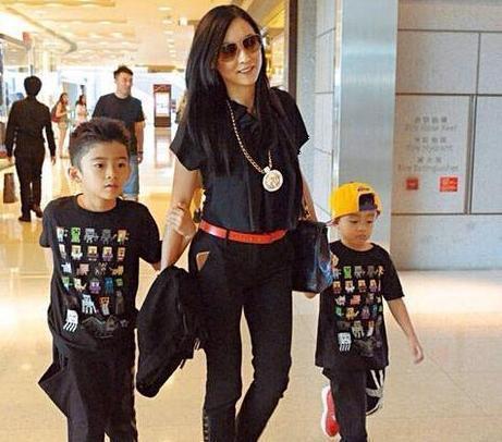 Hình ảnh Thủ phạm tung ảnh nóng của 3 ngôi sao hàng đầu Hong Kong bất ngờ lên tiếng sau 9 năm số 5