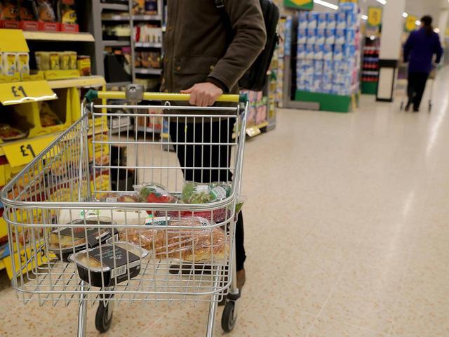 Đại gia bị phạt gần 6 tỷ đồng vì ăn cắp hàng trong siêu thị 1