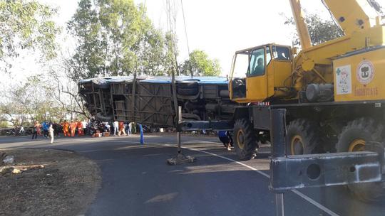Xe 52 chỗ đi lễ chùa lao xuống vực núi, 23 người bị thương 3