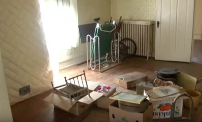 Người dì qua đời, cháu trai dọn dẹp ngôi nhà được thừa kế và bất ngờ tìm thấy báu vật trên gác xép 2
