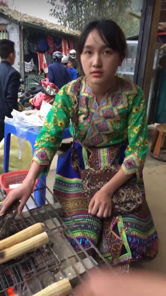 Cô gái bán cơm lam gây sốt mạng vì quá xinh đẹp, dân mạng rào rào truy tìm danh tính 1