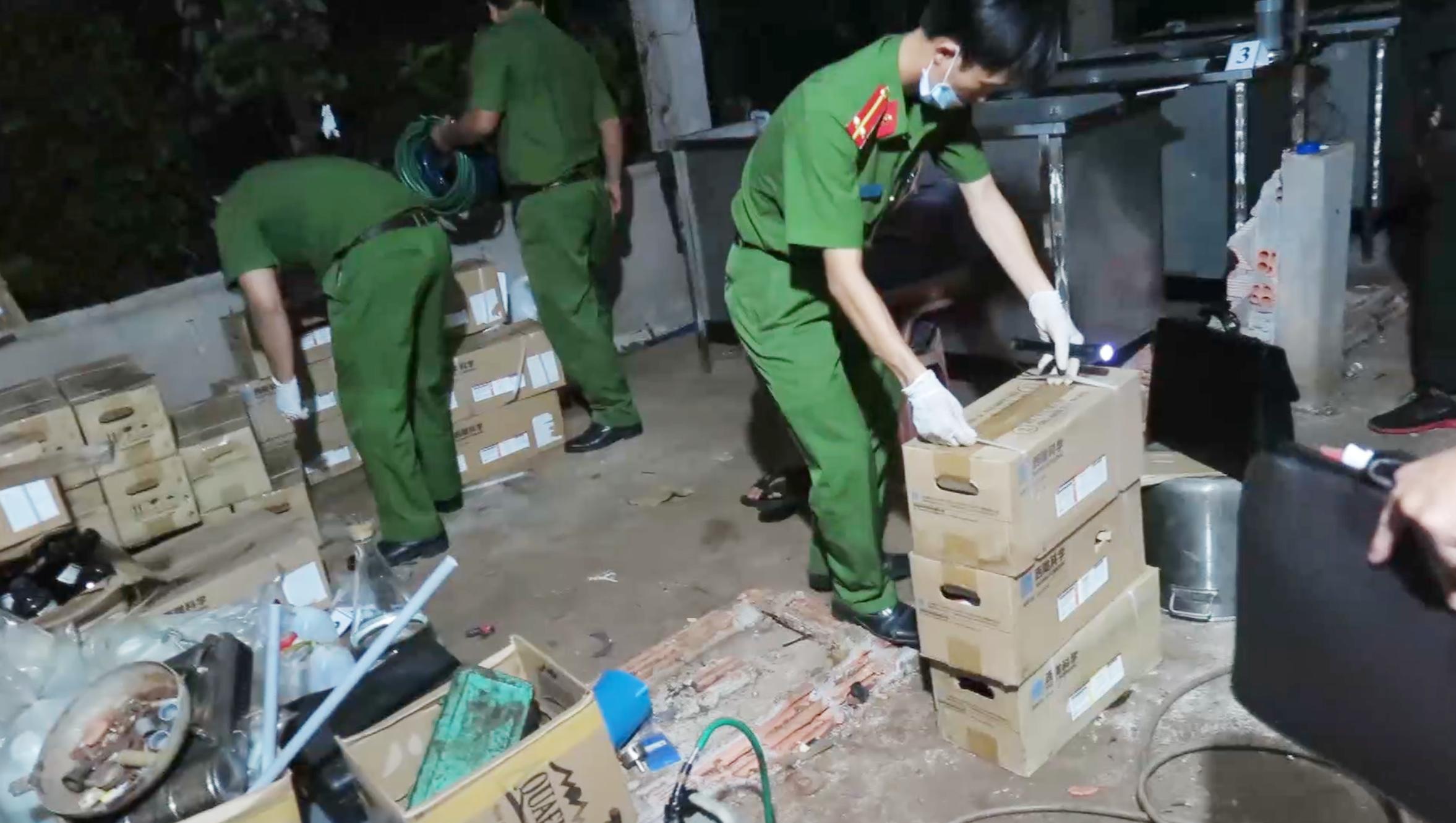 """Hơn 365 ngày """"nằm gai nếm mật"""" bỏ Tết đeo bám đường dây ma túy lớn nhất Việt Nam 3"""
