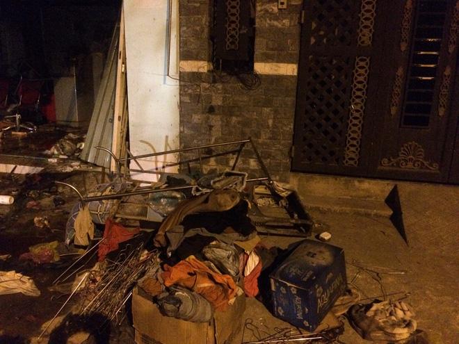 Vụ cháy tiệm tóc ở Sài Gòn khiến 2 người tử vong: Ám ảnh tiếng kêu cứu trong đêm 2