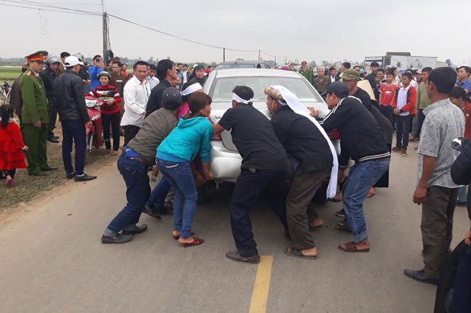 Vụ Thượng úy công an lái xe biển giả gây tai nạn chết người: Chỉ xử phạt hành chính 2