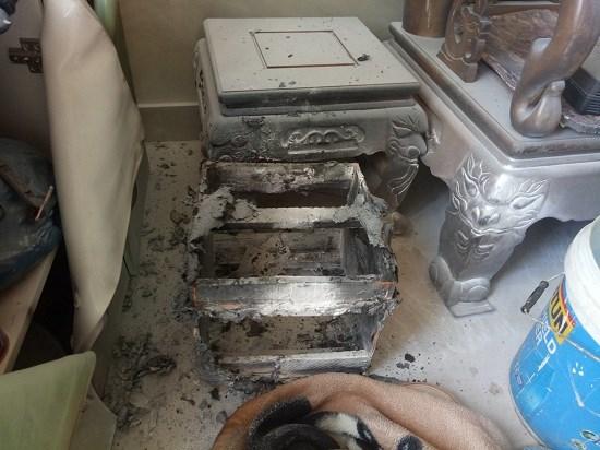 Nổ bình gas kinh hoàng từ ngôi nhà 3 tầng, chủ nhà nằm bất động, toàn thân bỏng nặng 2