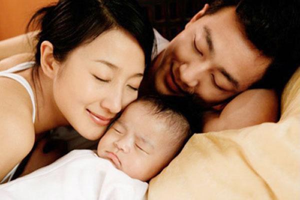Chế độ thai sản mới nhất năm 2018: Bổ sung thêm điều luật mới, mẹ sinh con từ ngày 1/3/2018 cần biết 2