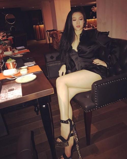 Khi hot girl Việt bất ngờ chuyển hướng sexy - ai thành công nhất? 21