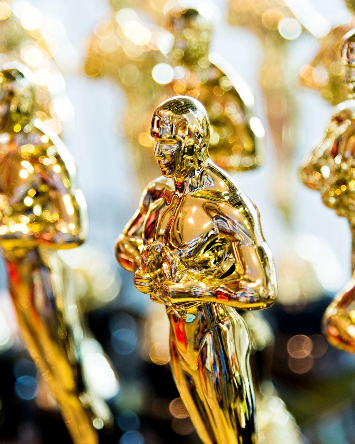 Dám cá bạn sẽ sốc khi biết được mức giá thu được khi bán một bức tượng vàng Oscar 1