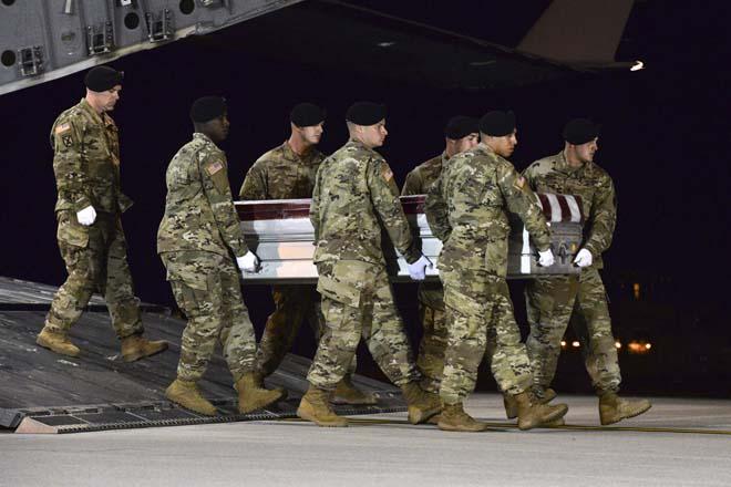 Hình ảnh IS tung video 50 phiến quân phục kích và sát hại 4 lính Mỹ số 1